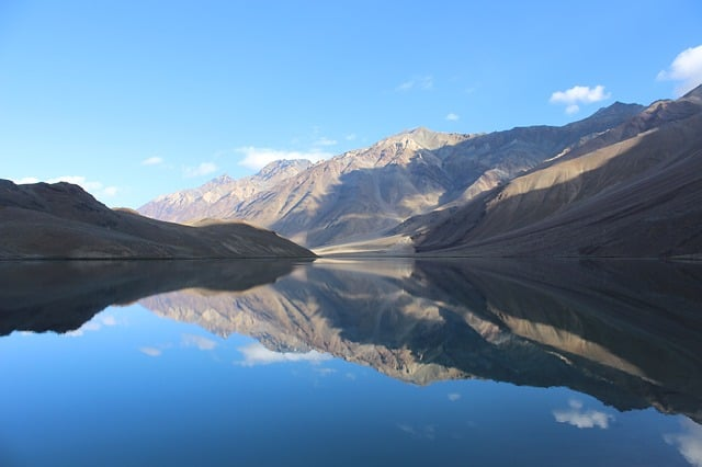 Chandratal lake, Spiti valley tour